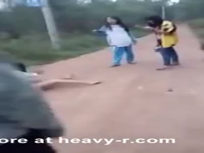 A Chinese girl is Stripped Naked and Beaten by classmates ->